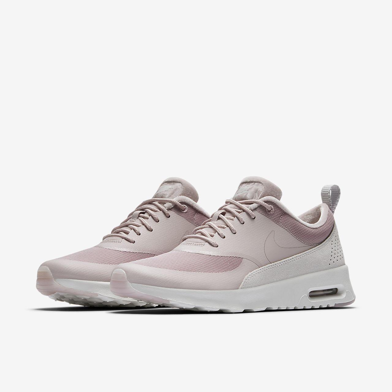 Nike Air Max Thea aceso