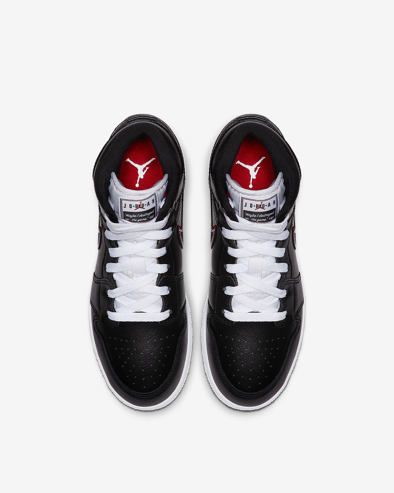 c8bb3f48e13 Air Jordan 1 Mid SE Big Kids' Shoe. Nike.com