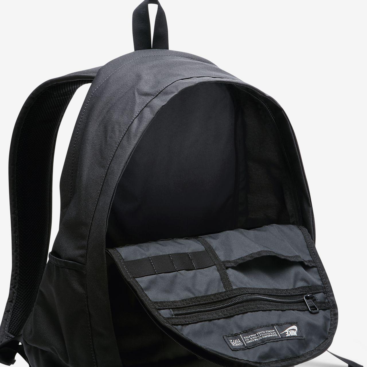 16a39946bb Nike Sportswear Cheyenne 3.0 Solid Backpack. Nike.com NL