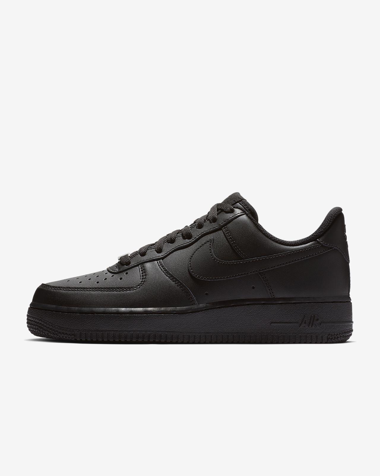 Nike Air Force 1 '07 Triple Black Damenschuh