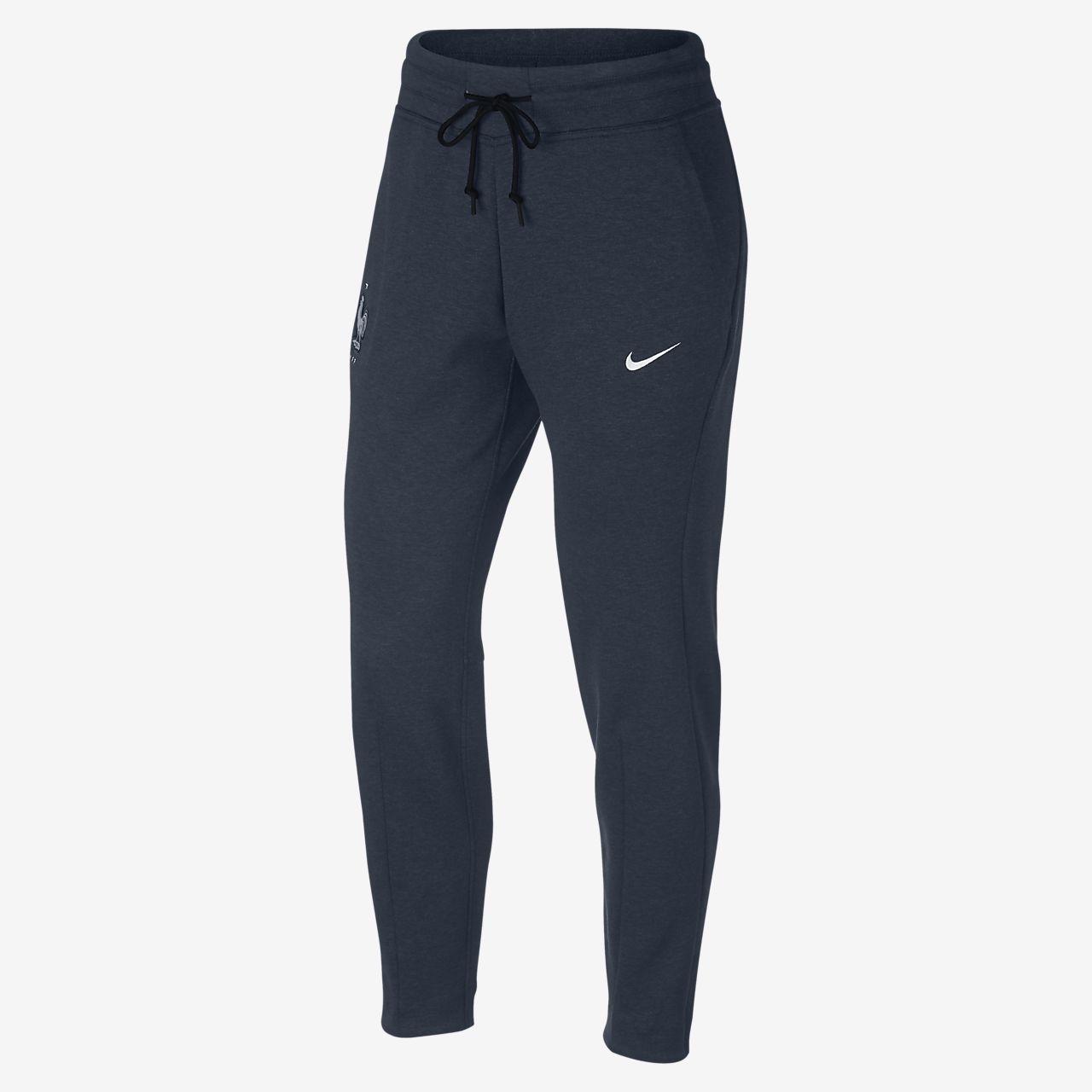 7008ff93fc03 FFF Tech Fleece Women s Pants. Nike.com BE