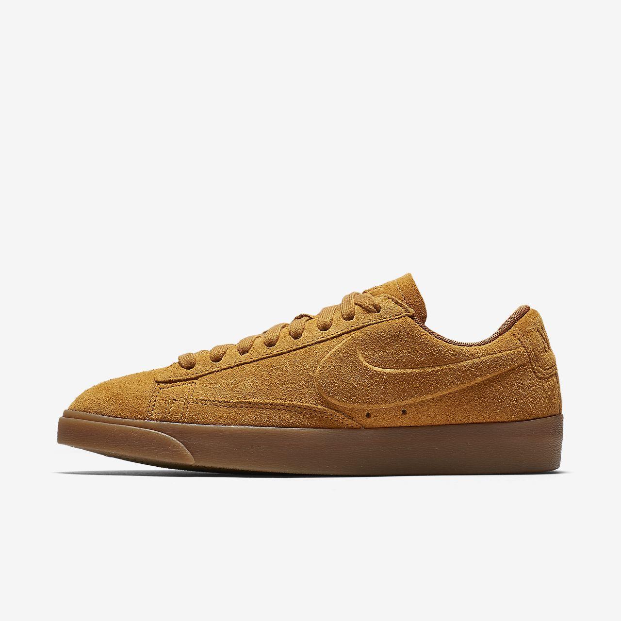 pretty nice ee382 64a31 Nike Blazer Low Womens Shoe Nike Blazer Mid ...