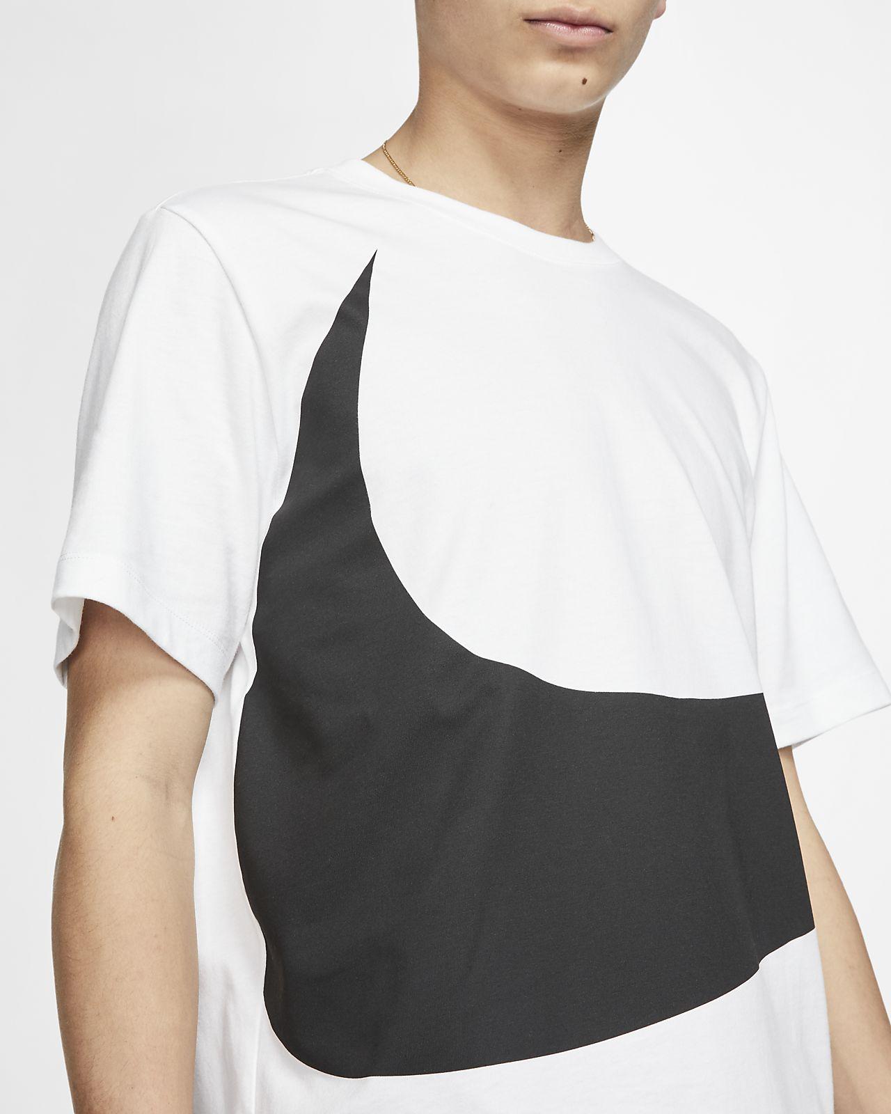 04b0c2edb Nike Sportswear Swoosh T-Shirt. Nike.com