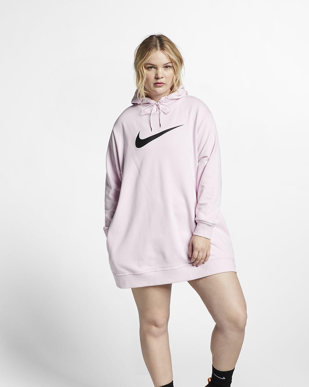 Dámské šaty Nike Sportswear Swoosh z francouzského froté (větší velikost)