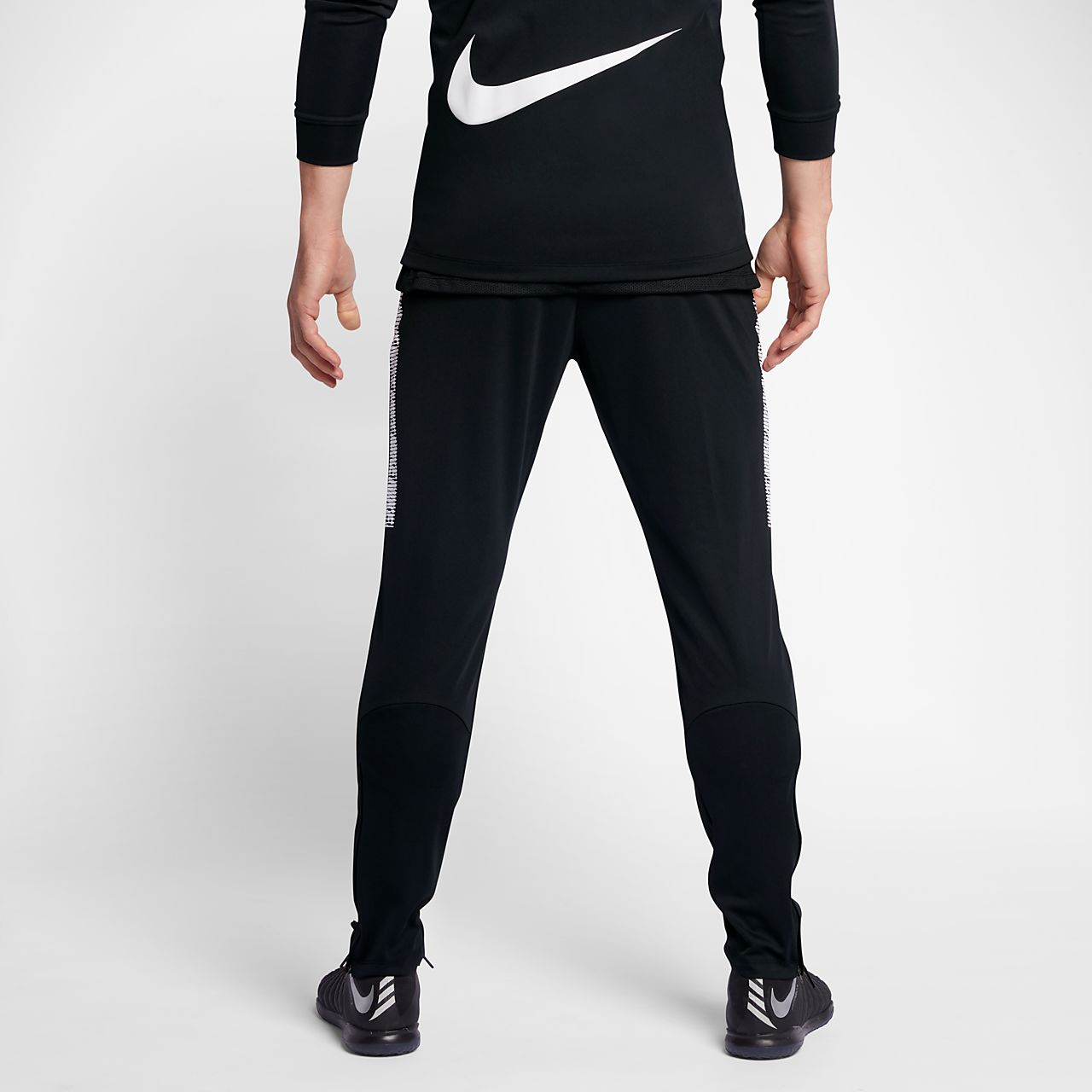 Acquista nike pantaloni felpa OFF67% sconti