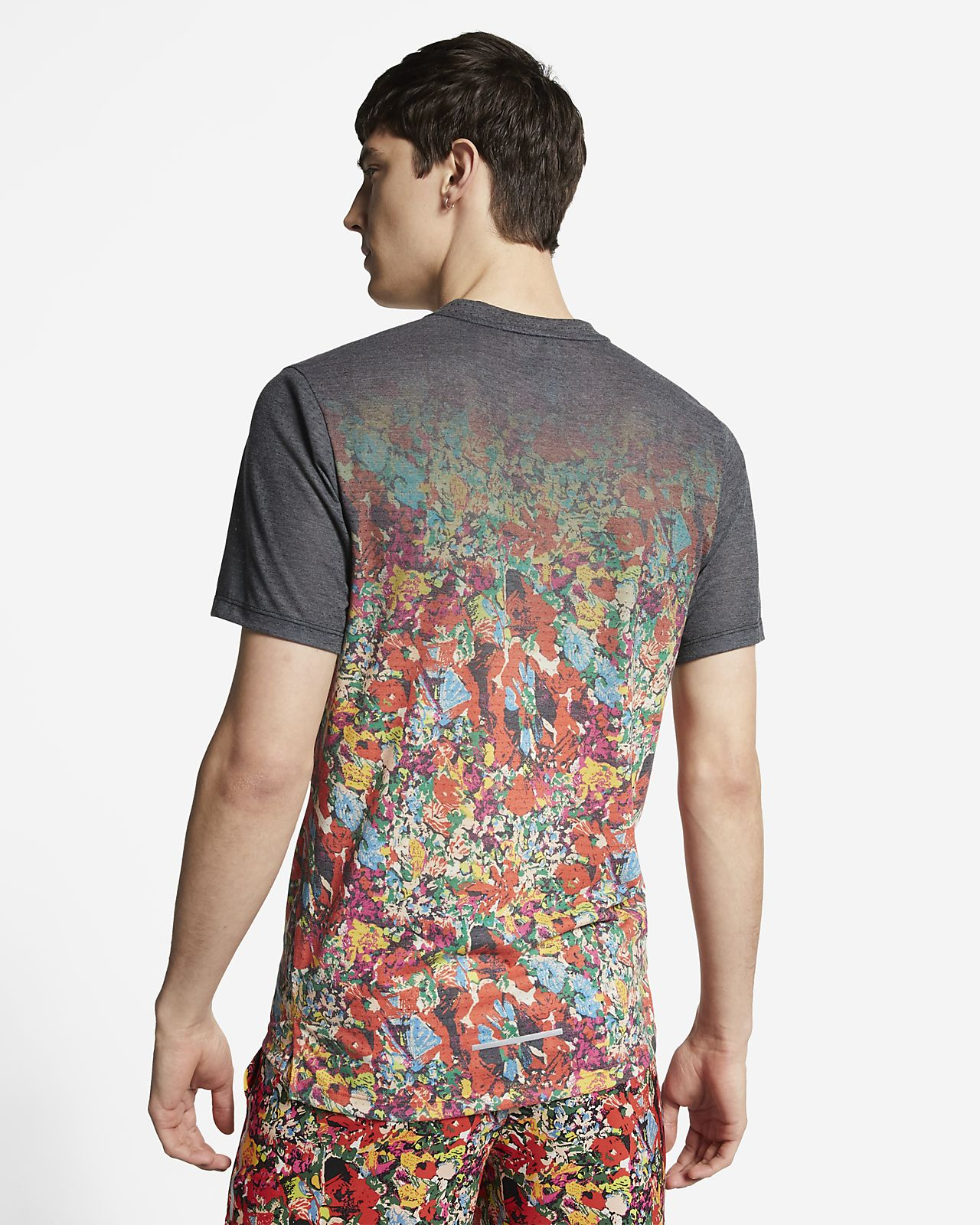 9dbf5fb07 Nike Rise 365 Men's Short-Sleeve Printed Running Top. Nike.com