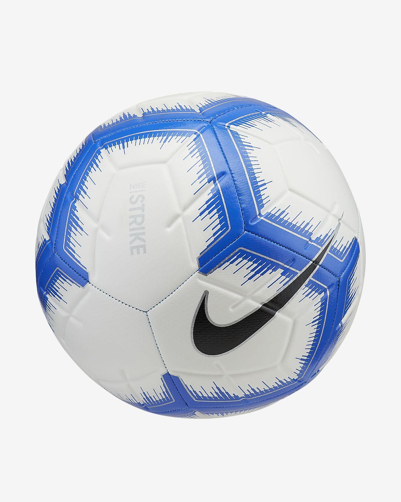 Nike Strike Fussball