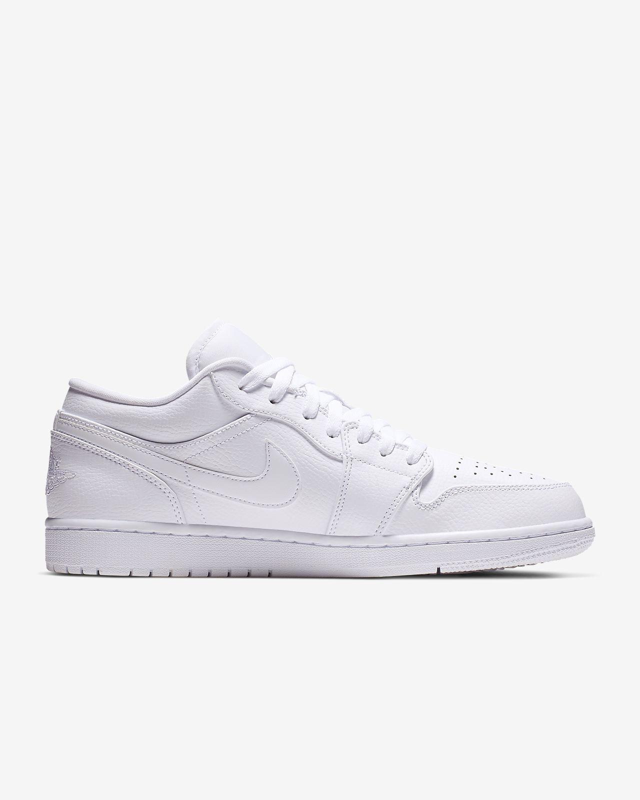 cd9149a8d6ea Air Jordan 1 Low Men s Shoe. Nike.com LU