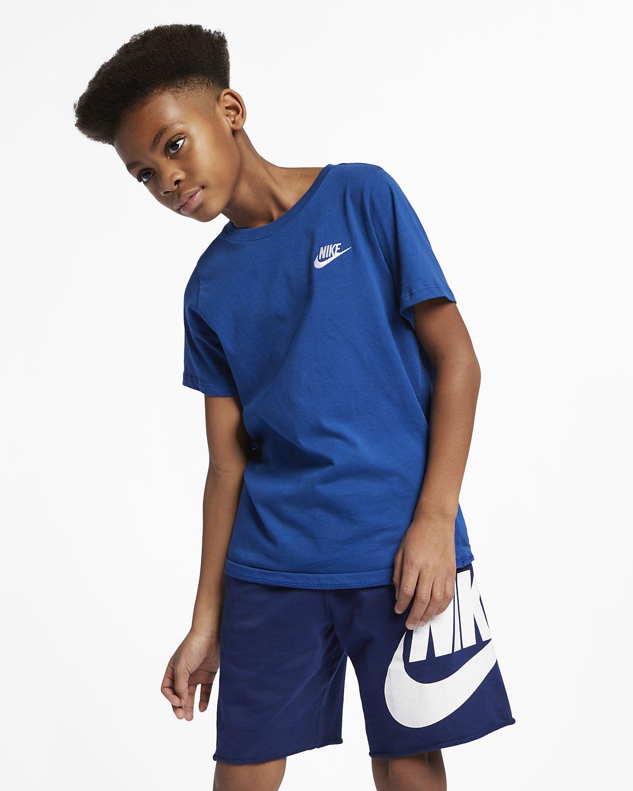 Nike Futura Logo Older Kids  (Boys ) T-Shirt. Nike.com GB 60cd4484d7