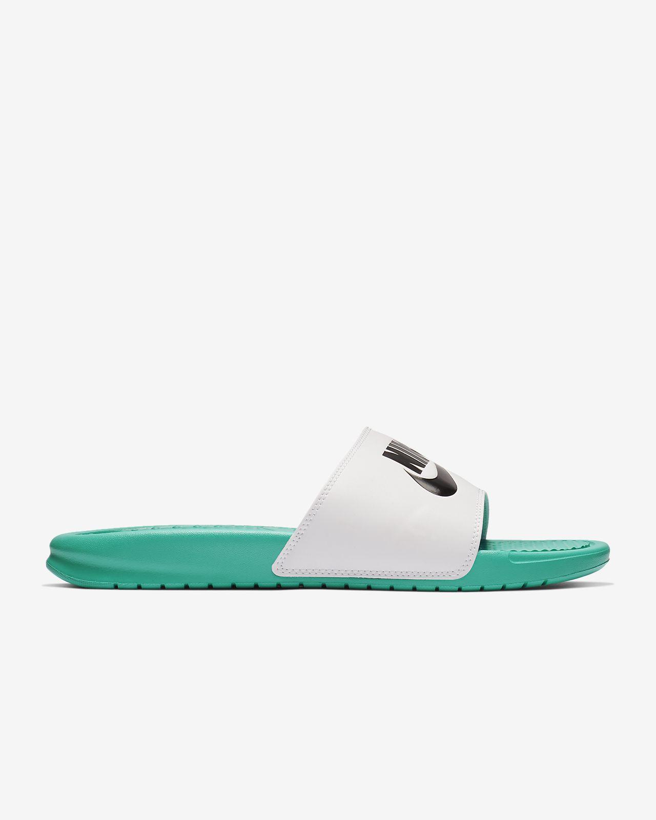 wholesale dealer 786a3 669cd Low Resolution Claquette Nike Benassi Claquette Nike Benassi