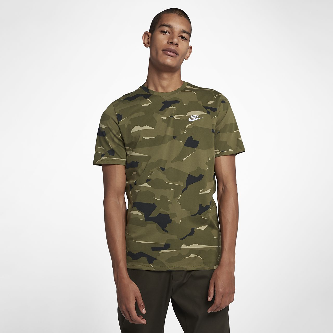 finest selection 78b9a 0f40c ... Tee-shirt camouflage Nike Sportswear pour Homme