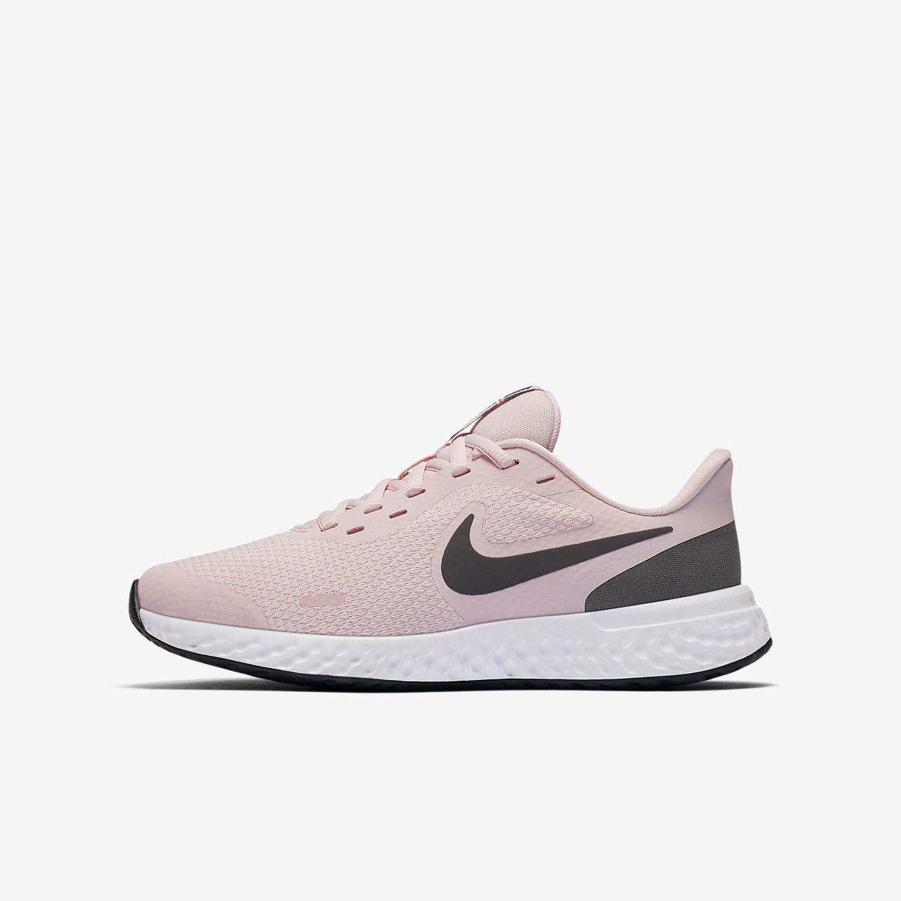 Nike Revolution 5 Big Kids' Running Shoe