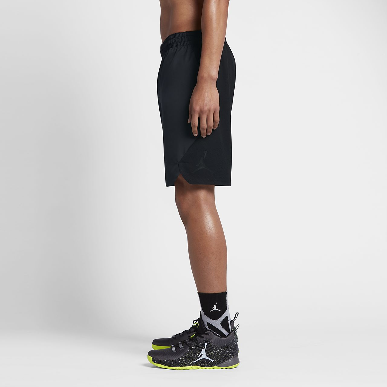 59d8fe0624db Jordan Ultimate Flight Men s Basketball Shorts. Nike.com IN