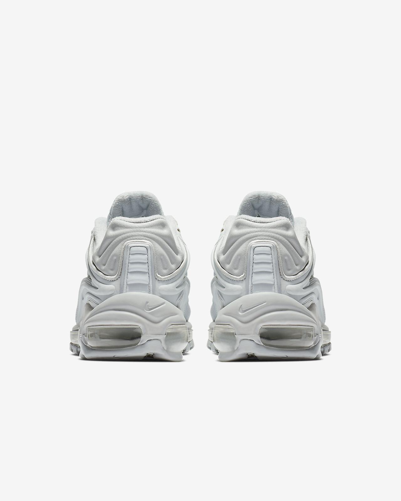 6c01b5430d Nike Air Max Deluxe SE Women's Shoe