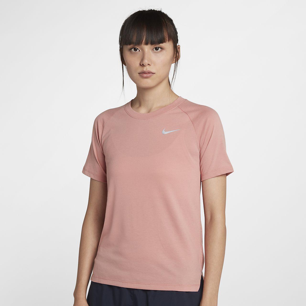 เสื้อวิ่งแขนสั้นผู้หญิง Nike Dri-FIT Tailwind