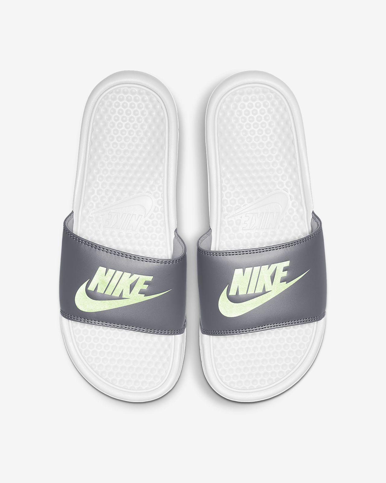 aaf095504e0c Sandalia para mujer Nike Benassi