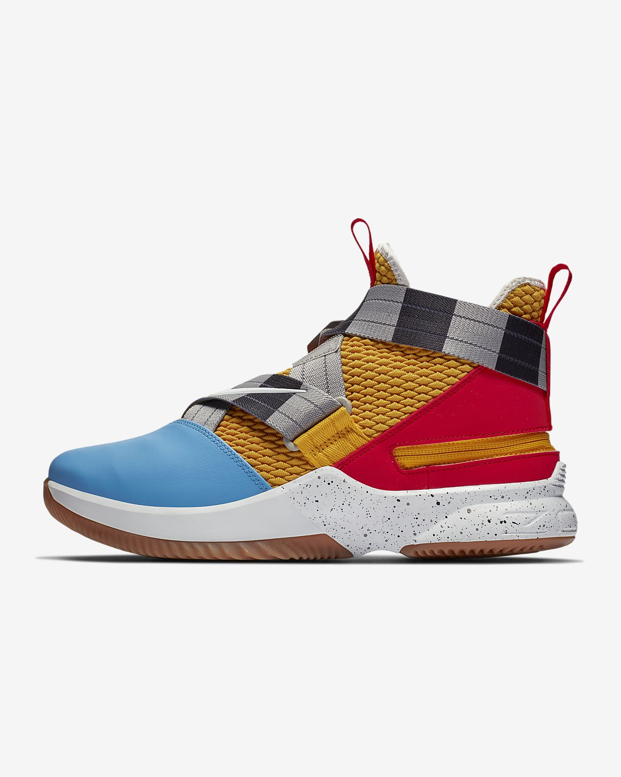 6d0631745a3ab LeBron Soldier 12 FlyEase (Extra-Wide) Men s Basketball Shoe. Nike.com