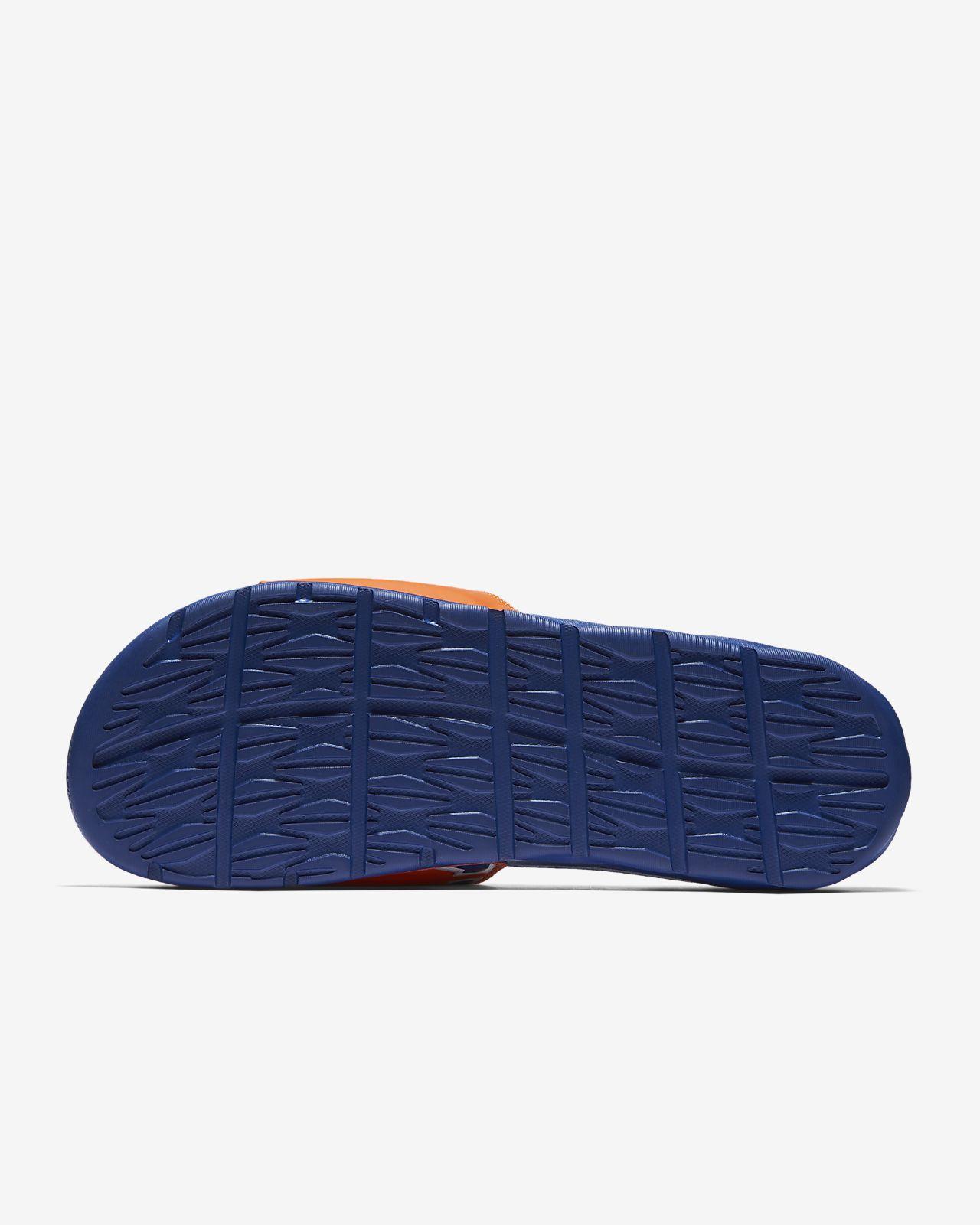 pretty nice 0fdee e9933 ... Claquette Nike Benassi NBA pour Homme