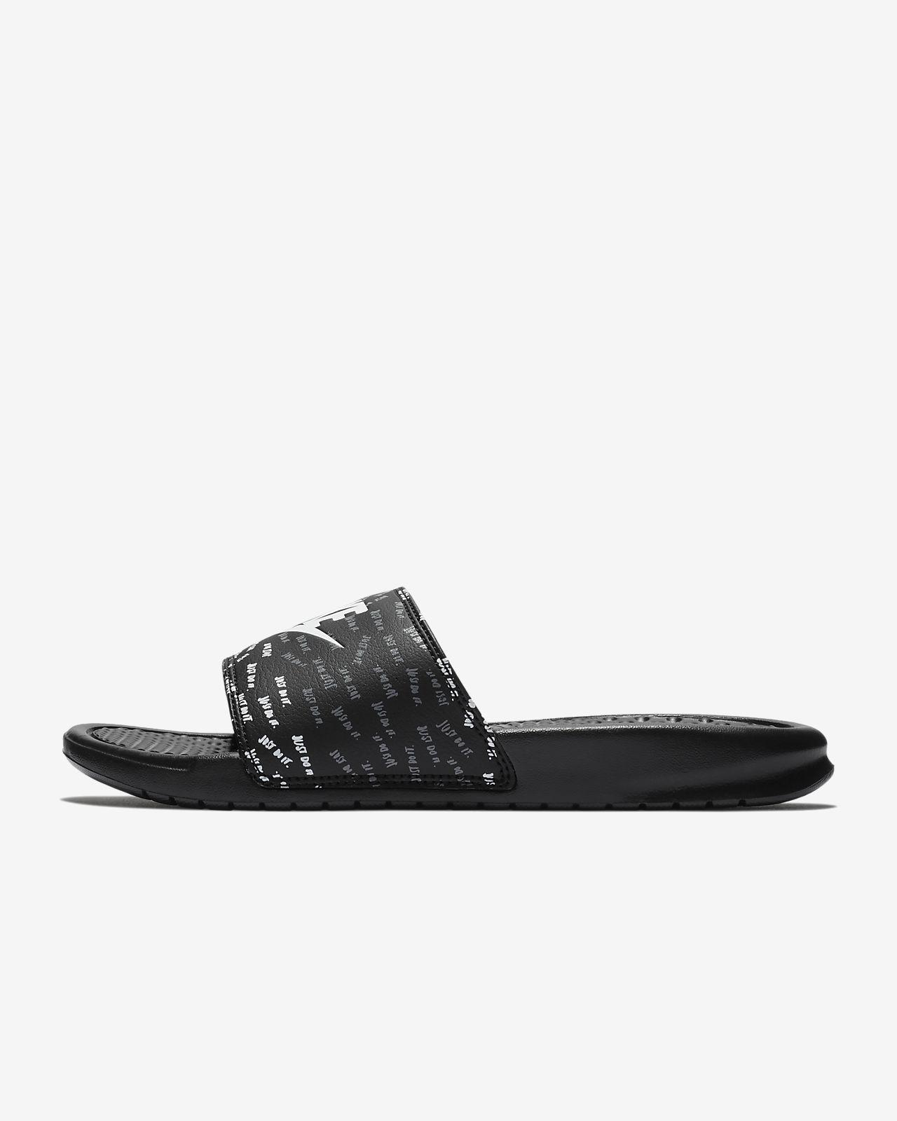 Nike Pantoufle / Sandale / Benassi Jdi En Noir dc0gW4c
