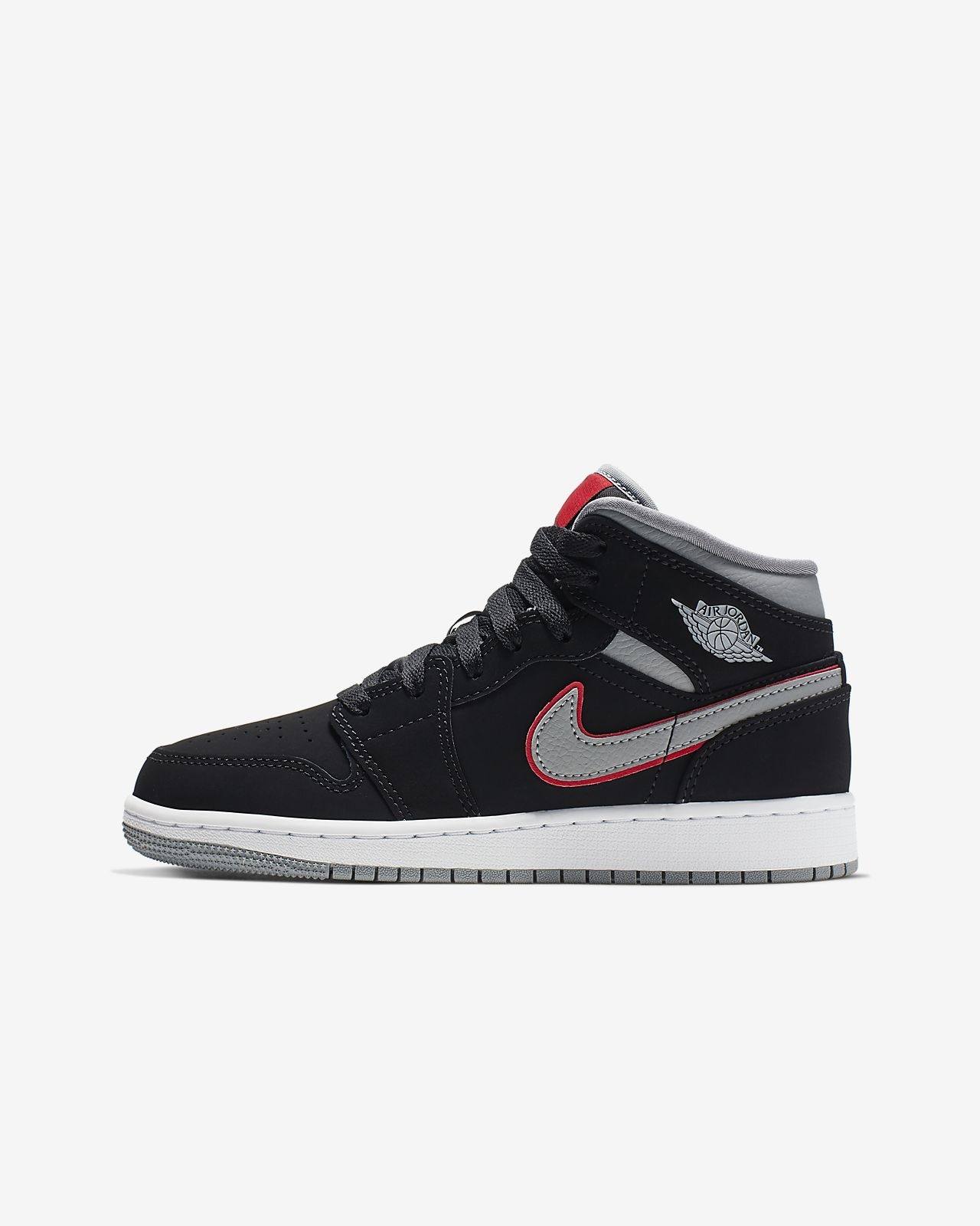 size 40 b8324 2ed9b Air Jordan 1 Mid Big Kids' Shoe. Nike.com
