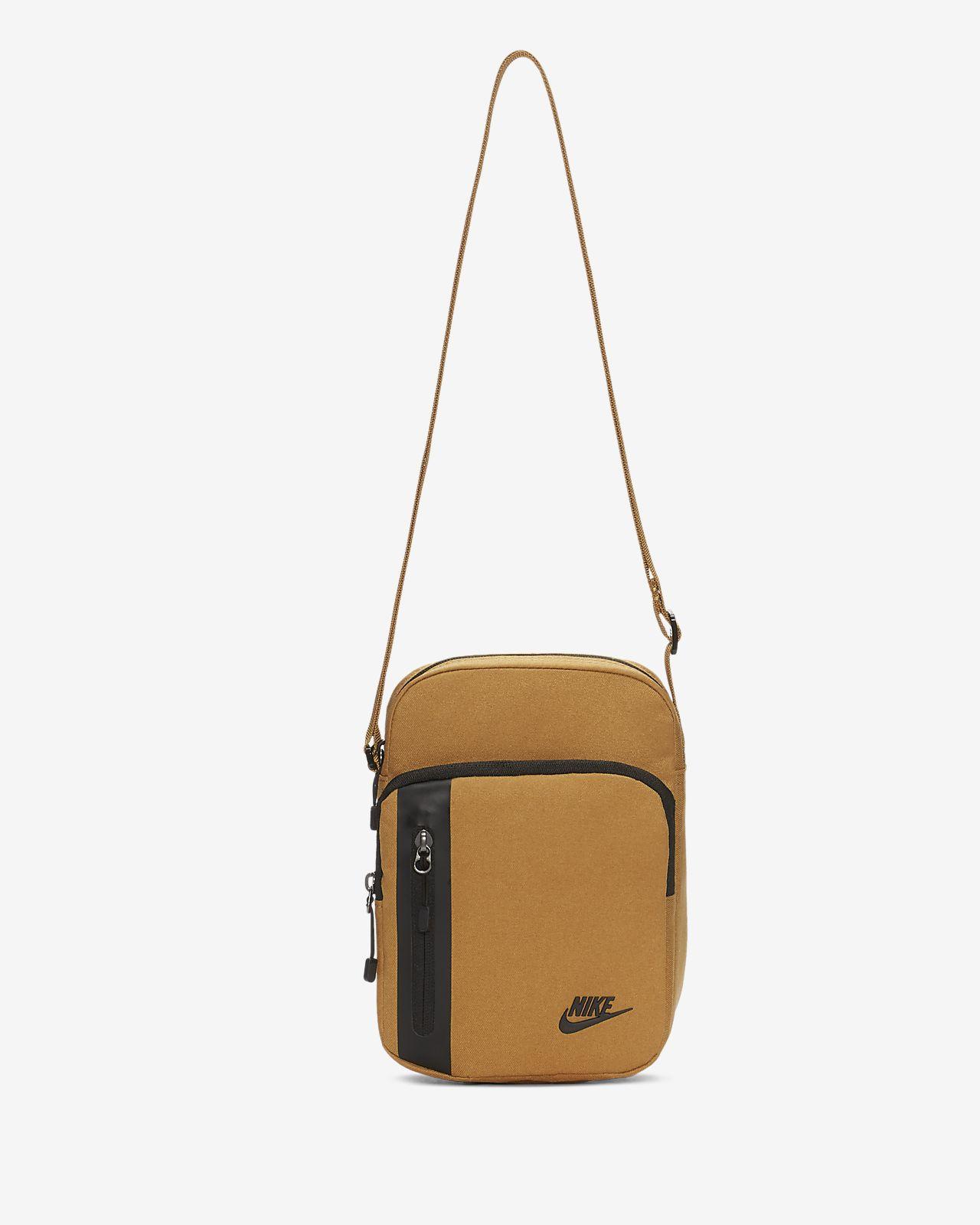 Väska Nike Core Small Items 3.0