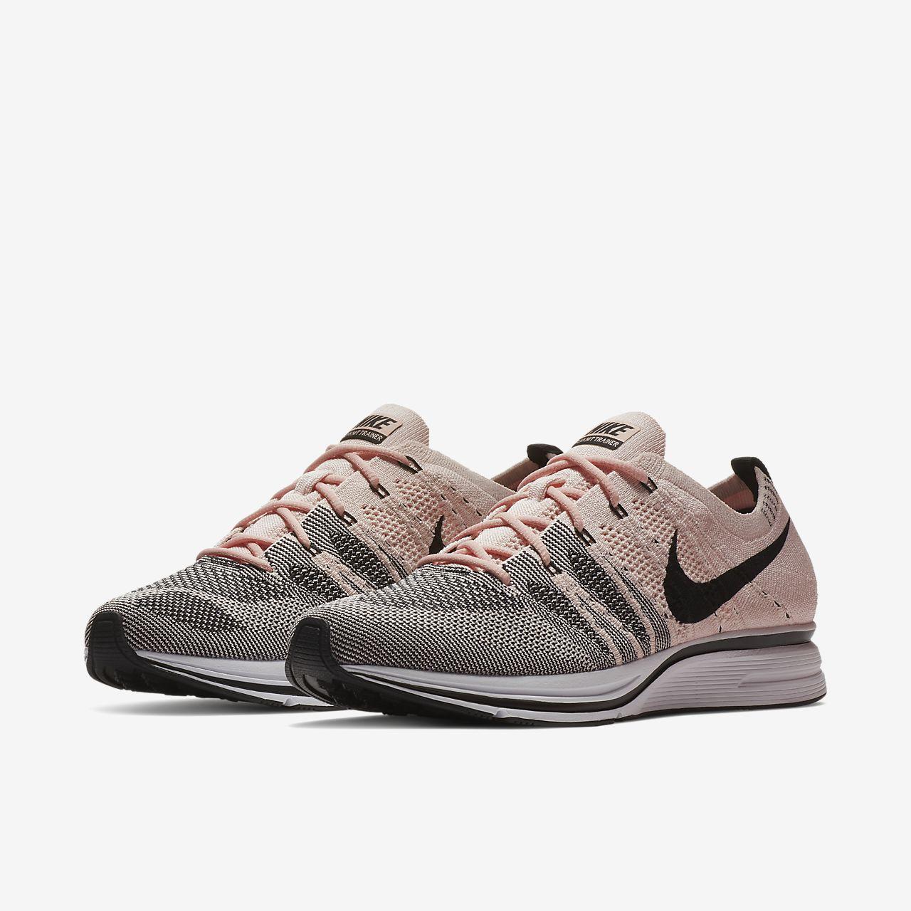 ad65c7a9c964 Acheter Des Collections Bon Marché Chaussure mixte Nike Flyknit Trainer -  Gris Nouvelle Marque Unisexe La