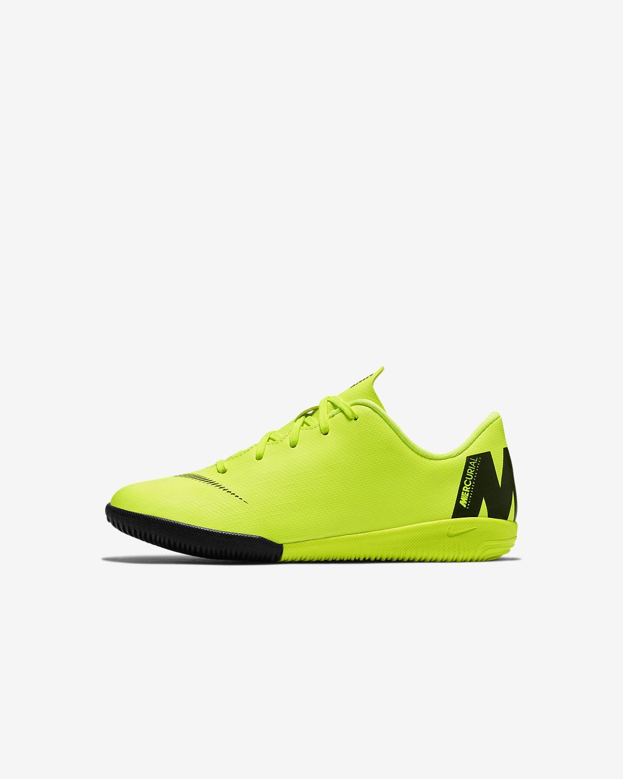 Nike Jr. VaporX 12 Academy IC Little Kids' Indoor/Court Soccer Shoe