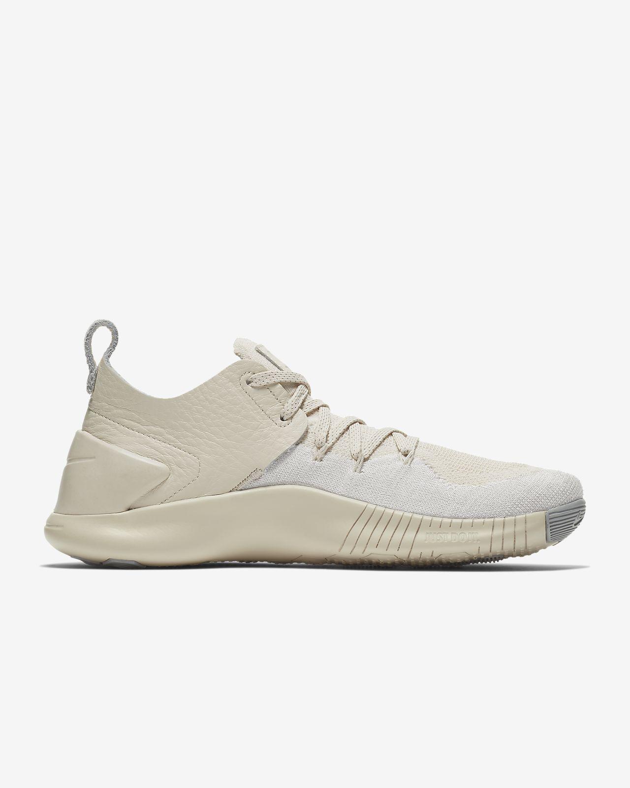 3bc6b227382fe Nike Free TR Flyknit 3 Champagne Women s Training Shoe. Nike.com NL