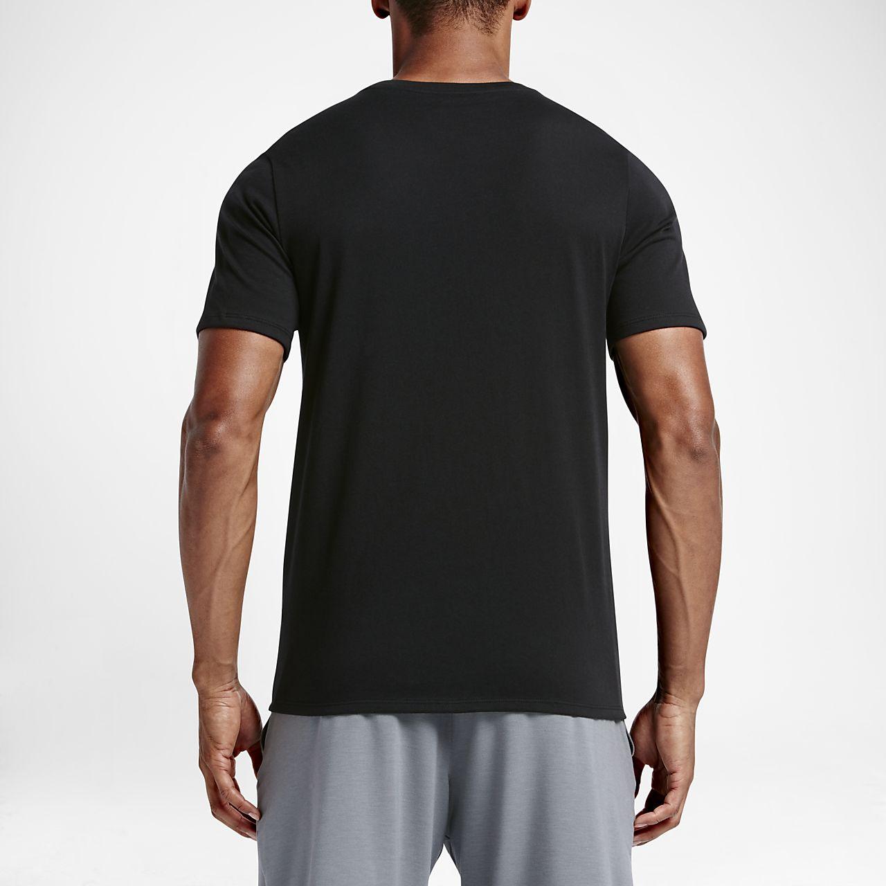 672b8b5b788b1 ... Tee-shirt de training à manches courtes Nike Dri-FIT pour Homme