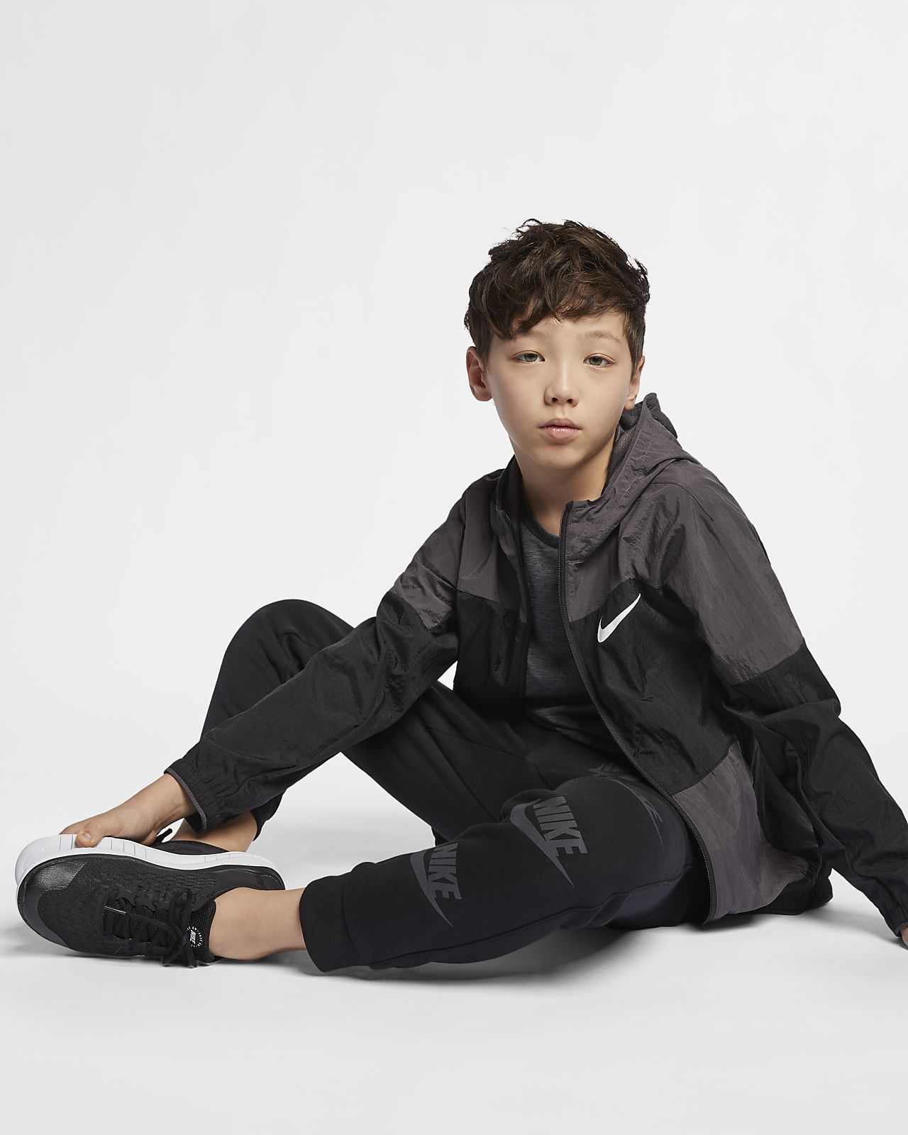 b2ec93014 Nike Dri-FIT Older Kids' Woven Training Jacket. Nike.com CA