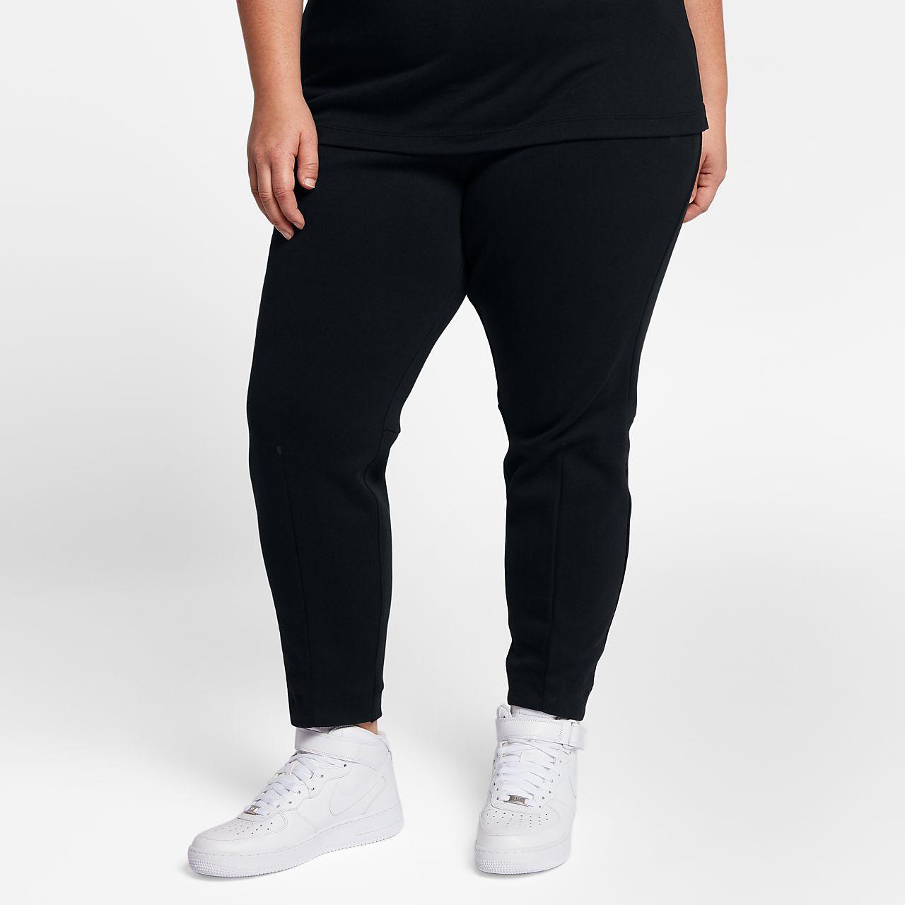 Γυναικείο παντελόνι Nike Sportswear Tech Fleece (μεγάλα μεγέθη)