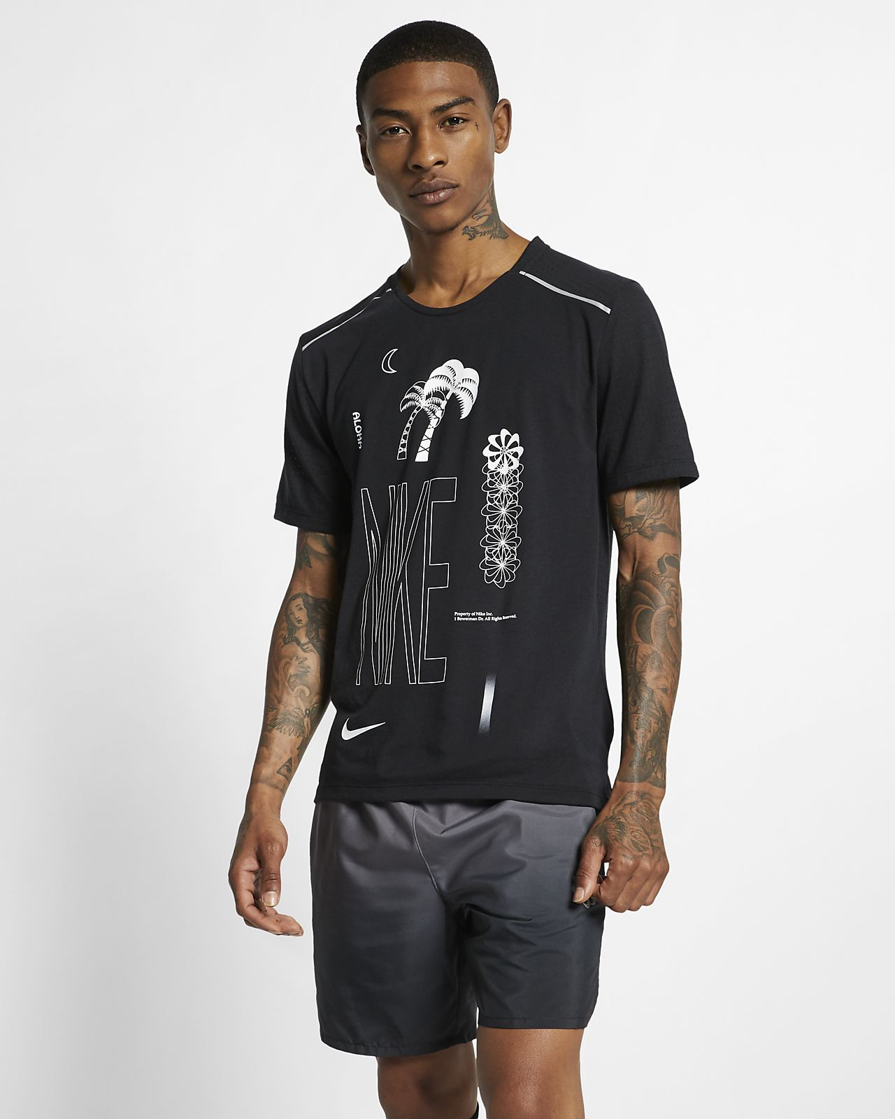 เสื้อวิ่งแขนสั้นผู้ชายมีกราฟิก Nike Rise 365