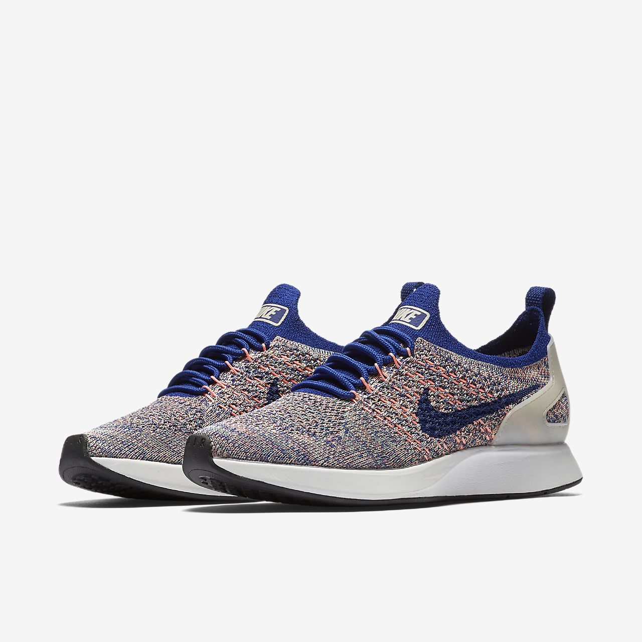 Nike Flyknit Racer shoe Size 9.5/ Black upper with white bottom. Knit by Kight