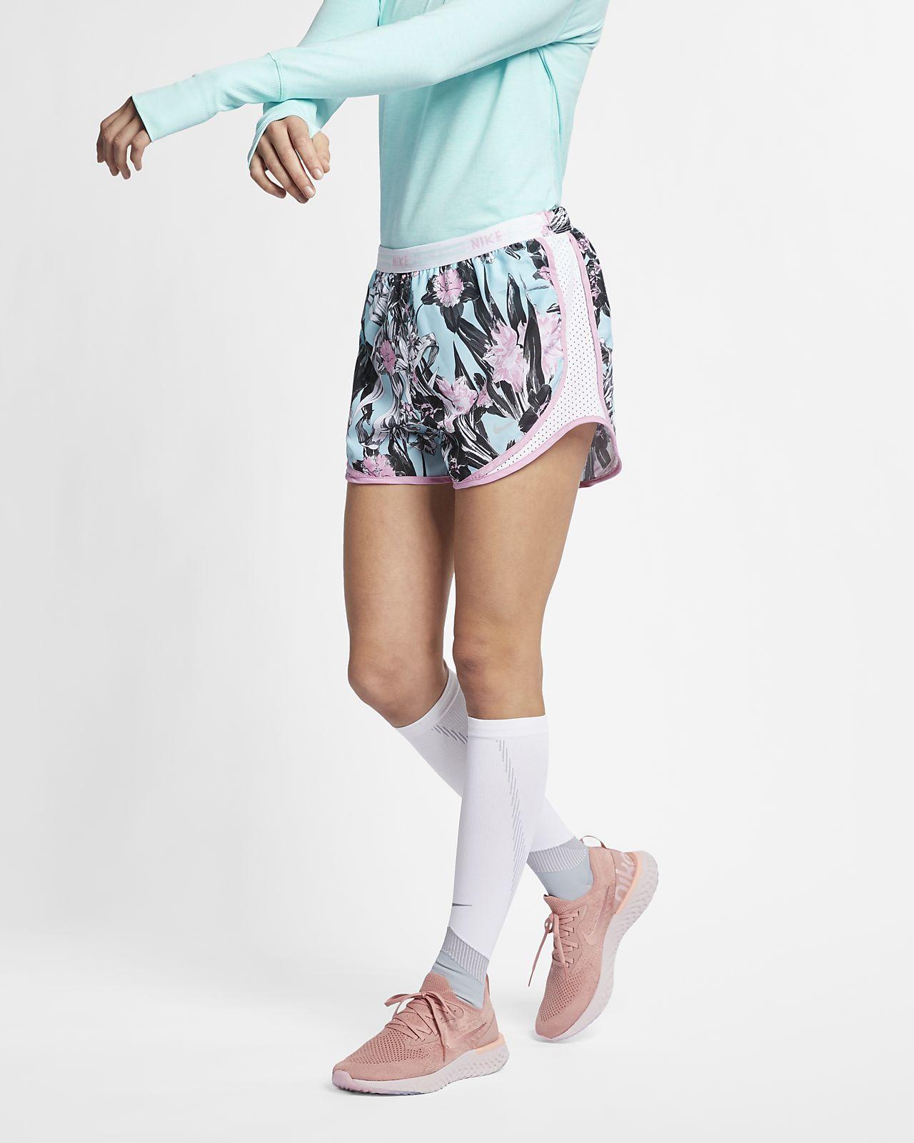 promo code a3b37 0ddad Nike Tempo Hardloopshorts met bloemenprint voor dames