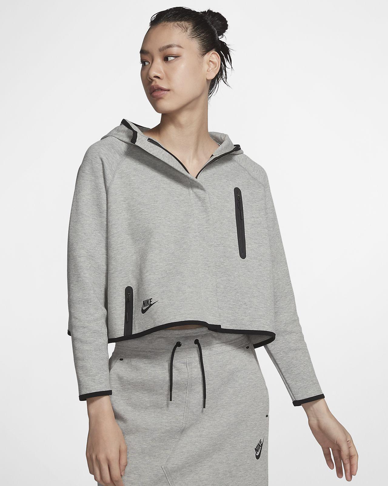Nike Sportswear Tech Fleece 女款斗篷