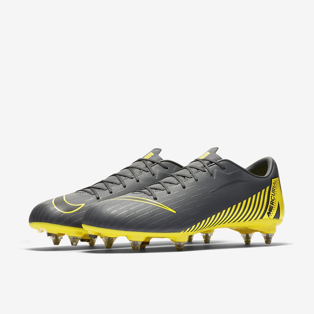 1e5ee14987f ... Chaussure de football à crampons pour terrain gras Nike Mercurial Vapor  XII Academy SG-PRO