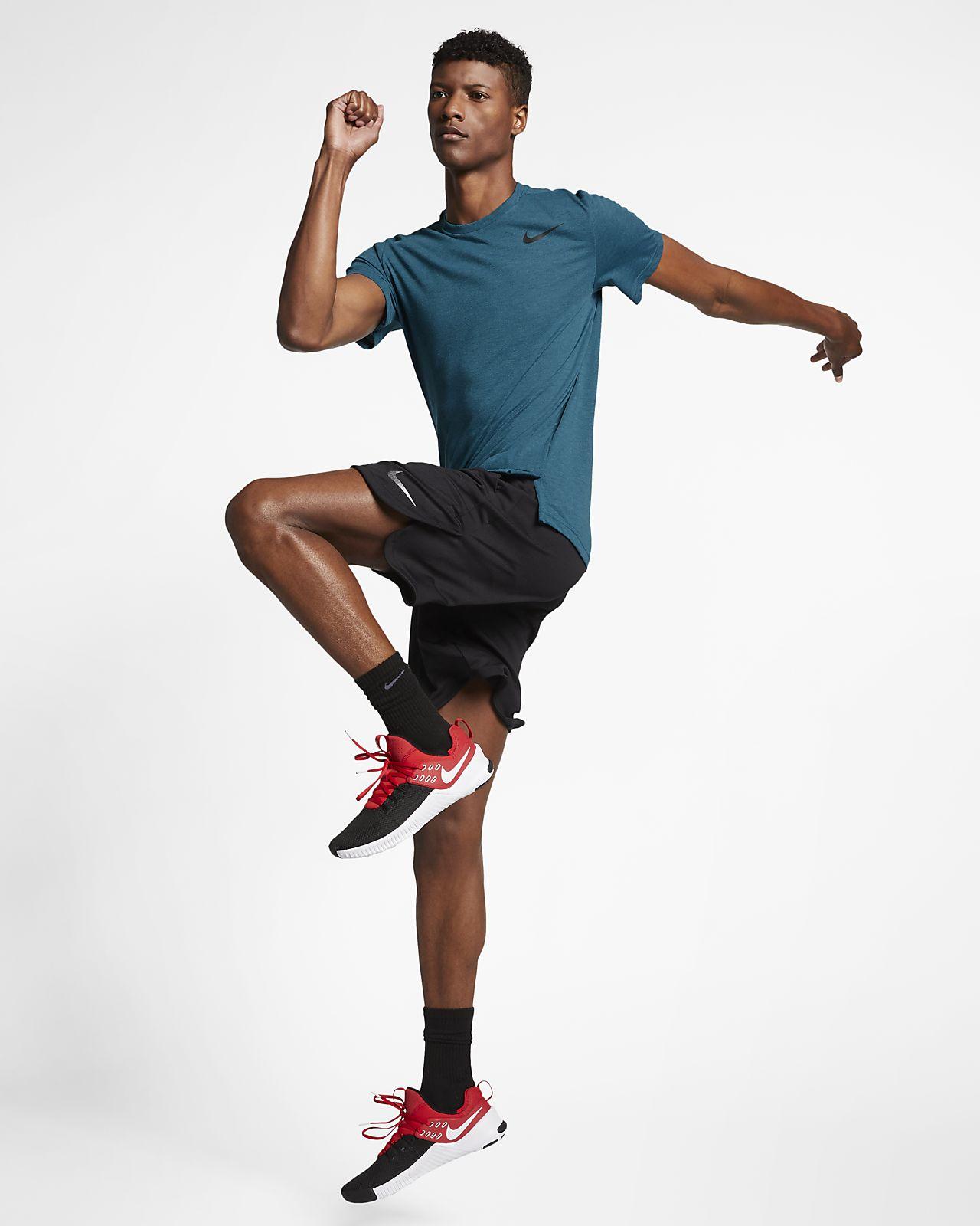 0121cccbe4 Nike Breathe Men's Short-Sleeve Training Top. Nike.com DK