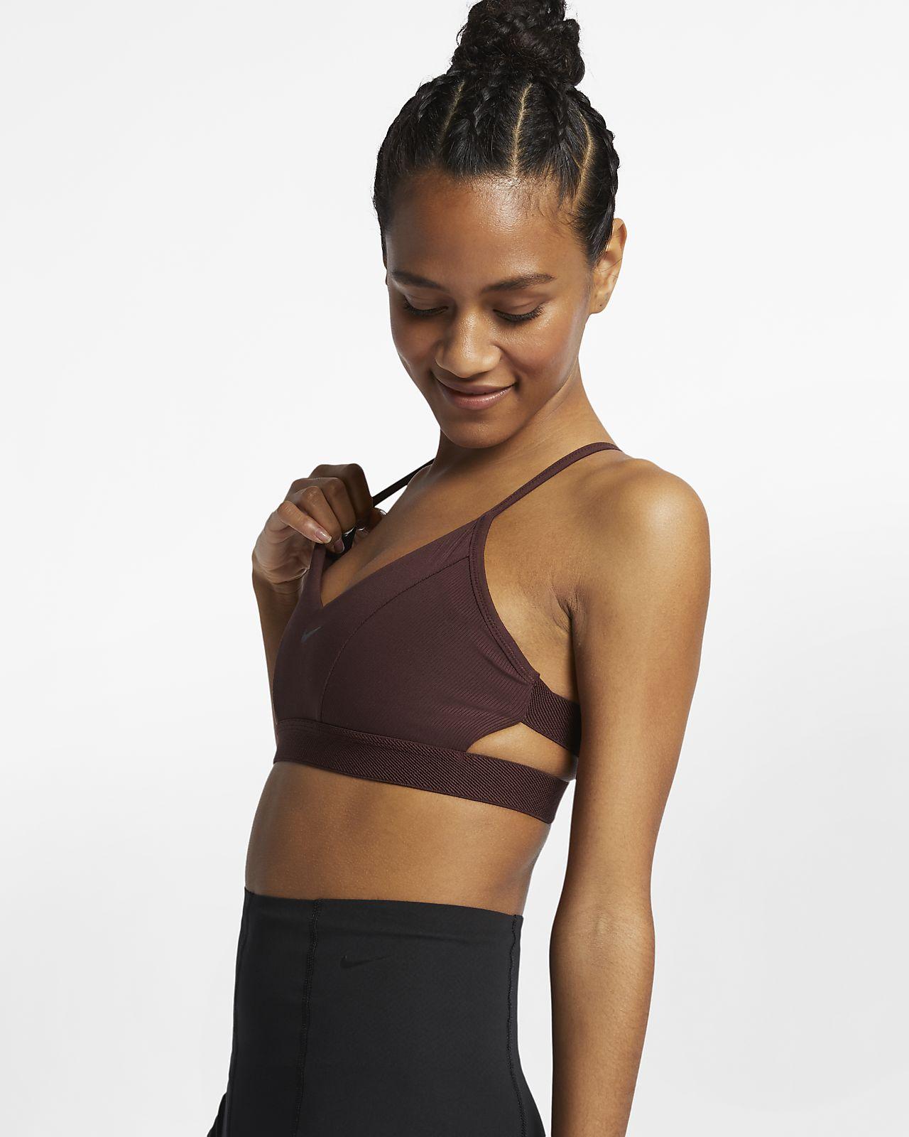 brassiere-de-yoga-a-maintien-leger-cotelee-indy-pour-3gQxhL.jpg 8f40921f70a