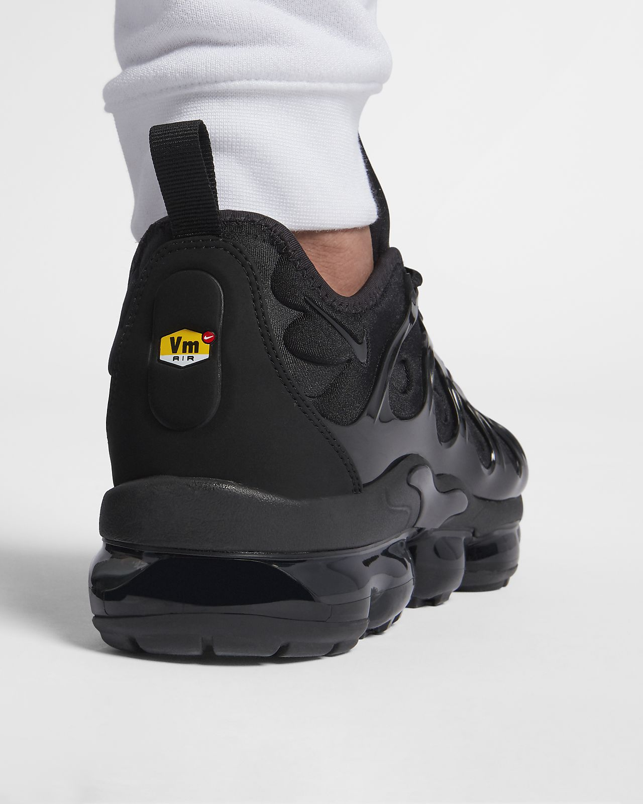 huge discount 03969 5b058 Nike Air VaporMax Plus Men's Shoe