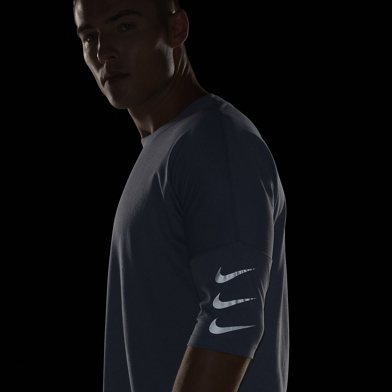 d5a9b0378ec0 Nike Rise 365 Men s Half-Sleeve Running Top. Nike.com IN