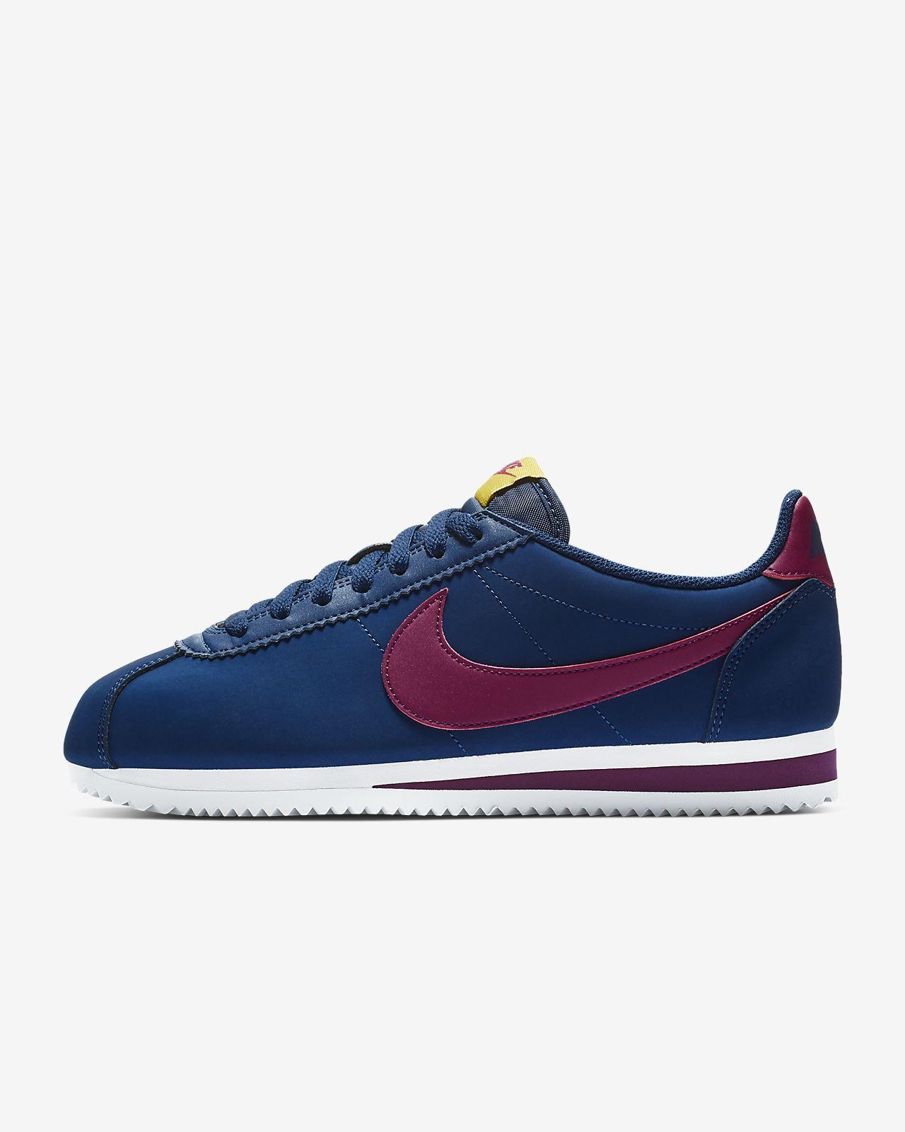 Nike ClassicCortez Leather 女子运动鞋