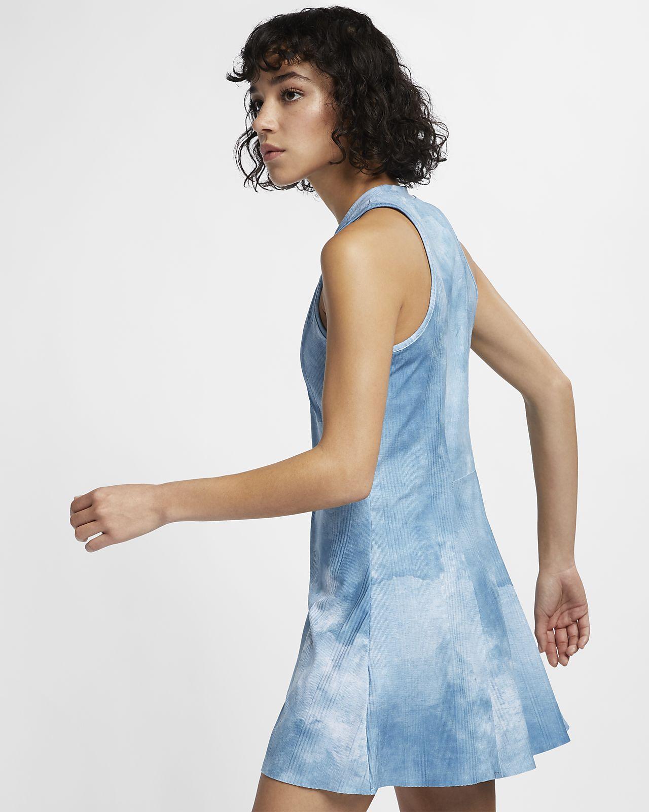 Dámské tenisové šaty NikeCourt Dri-FIT Maria s potiskem. Nike.com CZ 1a13d7a8a55