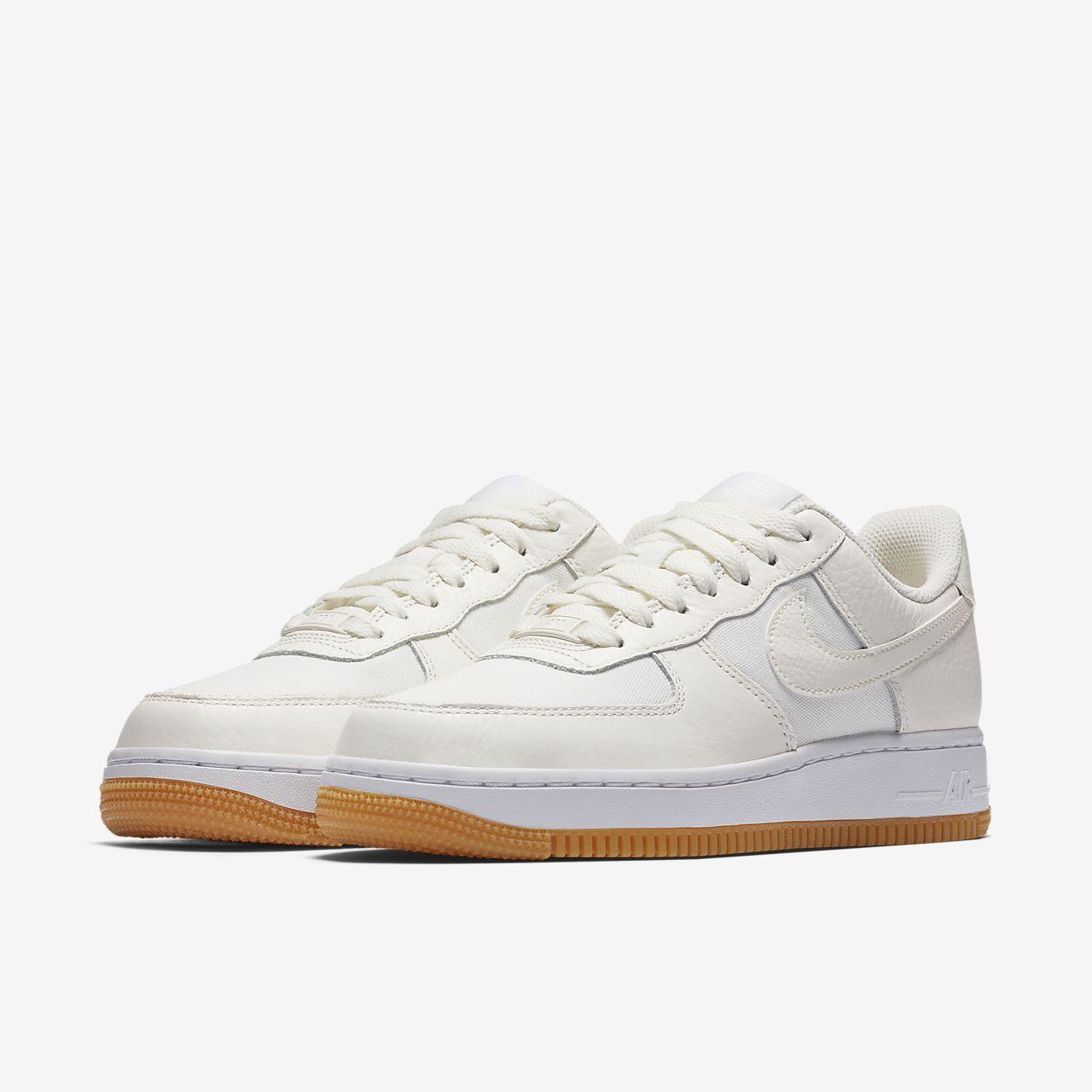 nike air force 1 07 suede w schoenen grijs