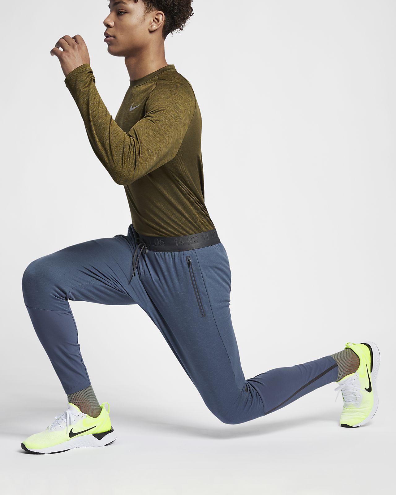 Nike Therma Sphere Tech Pack Herren Laufhose