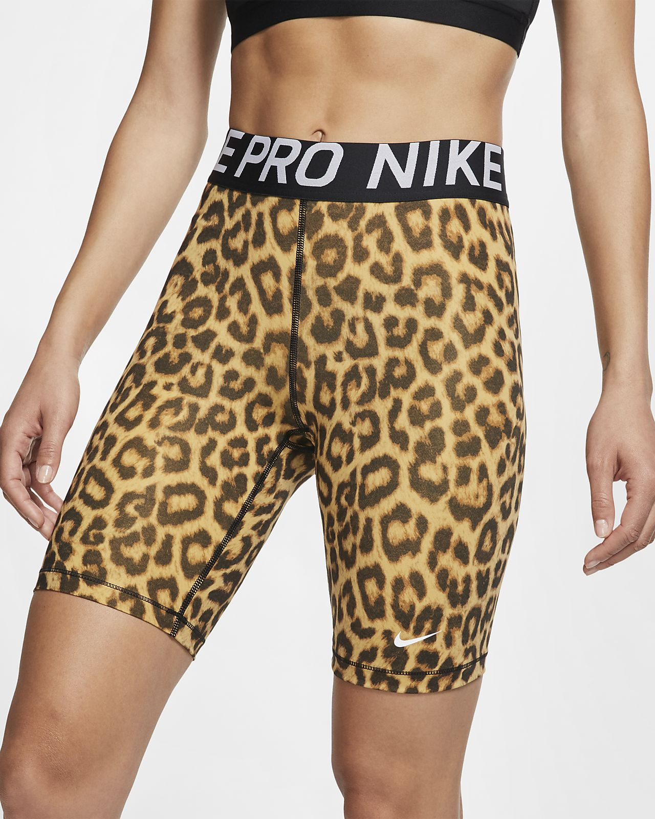 Shorts Nike Pro med tryck 20 cm för kvinnor