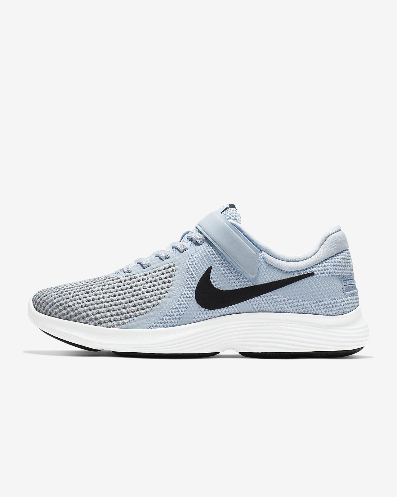 Nike Revolution 4 FlyEase løpesko til dame