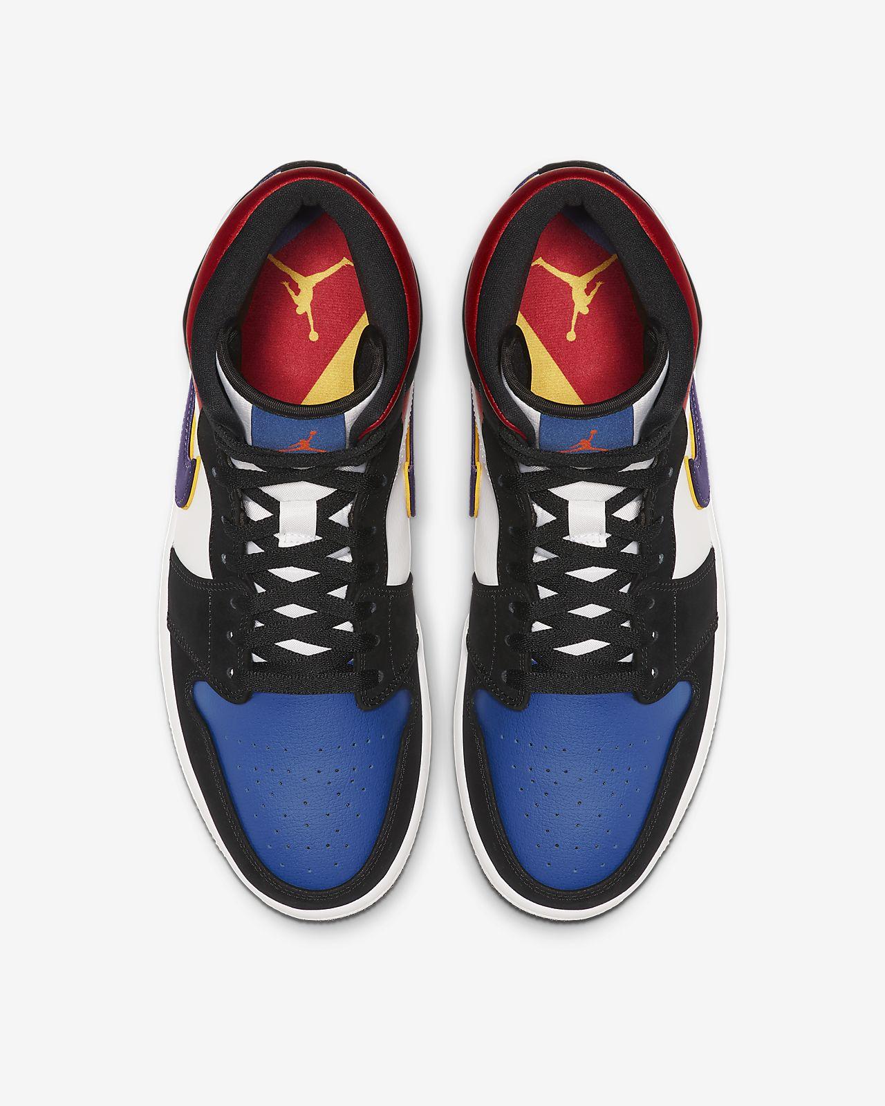 buy online 95d59 d4dc2 Air Jordan 1 Mid SE Men's Shoe