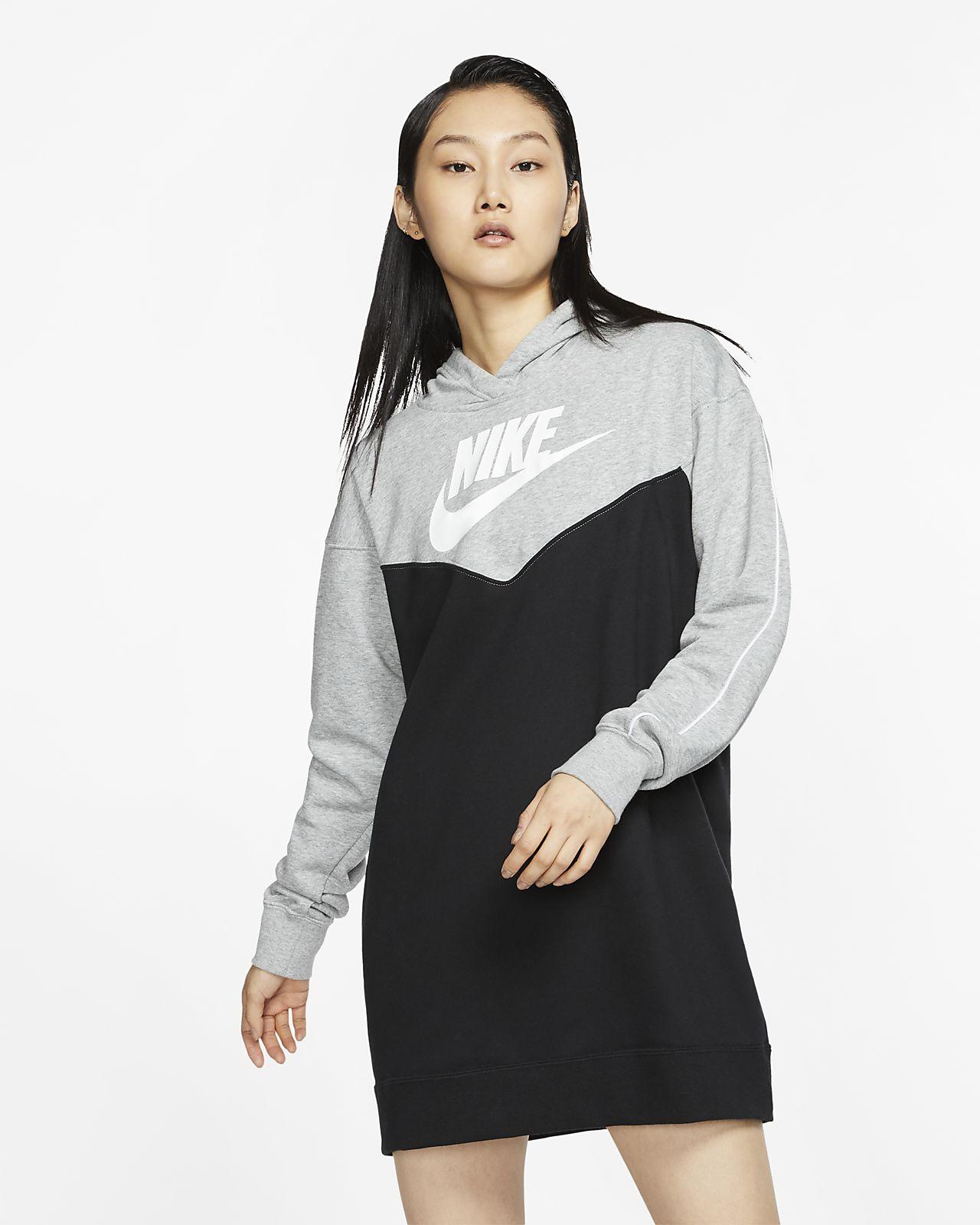 Dámské šaty Nike Sportswear Heritage s kapucí