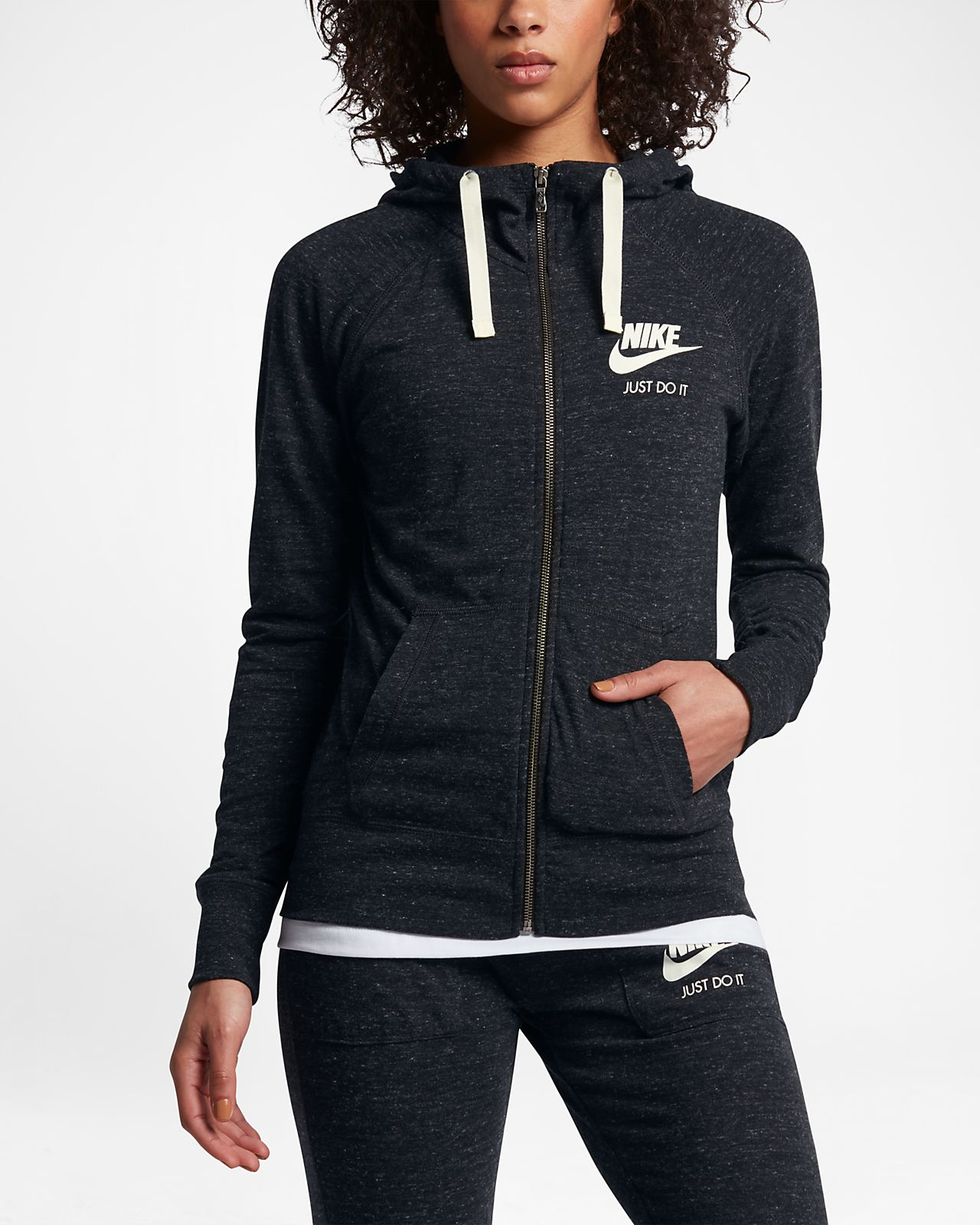 bf07aa4572 ... Sweat à capuche entièrement zippé Nike Sportswear Gym Vintage pour Femme