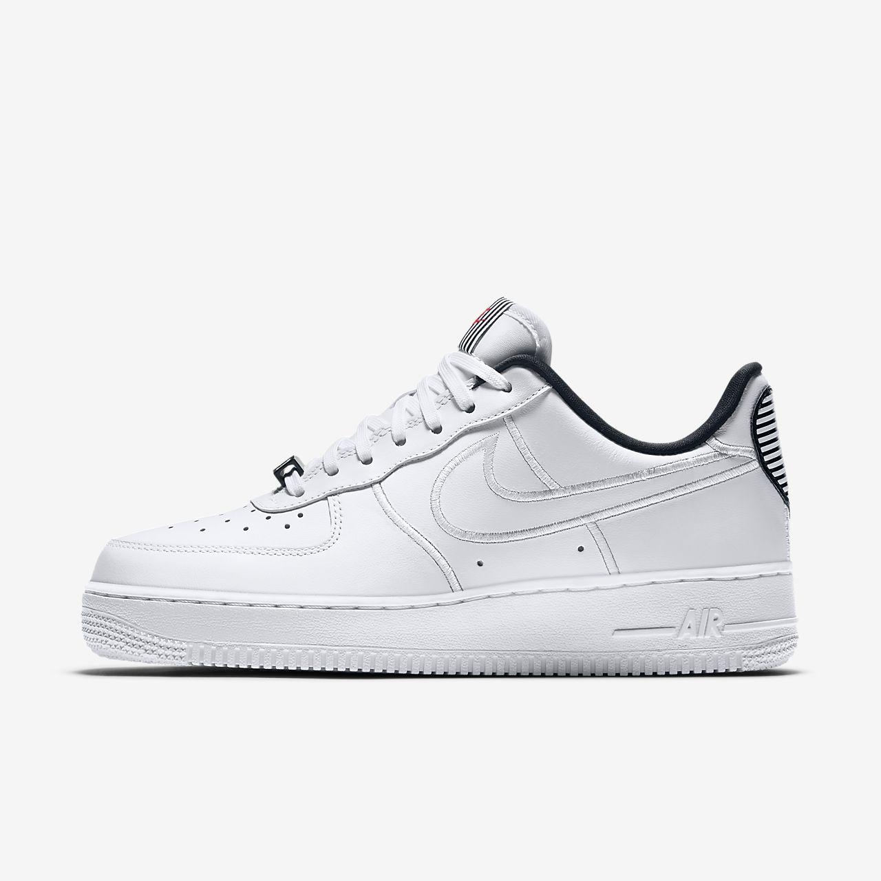 Nike Air Force 1 '07 SE LX 女子运动鞋
